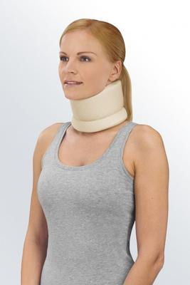 Límec krční Protect Collar soft, vel.2 - anatom. tvarovaný, výška 9cm, barva tmavě modrá  - 2