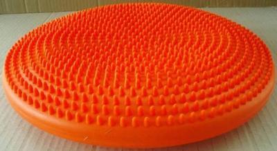 Podložka čočka bodlinky/výstupky 33x9cm (originál), barva:  - 3